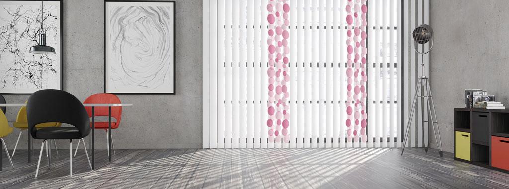 lamellen-mhz-sonnenschutz-fenster-wohnzimmer